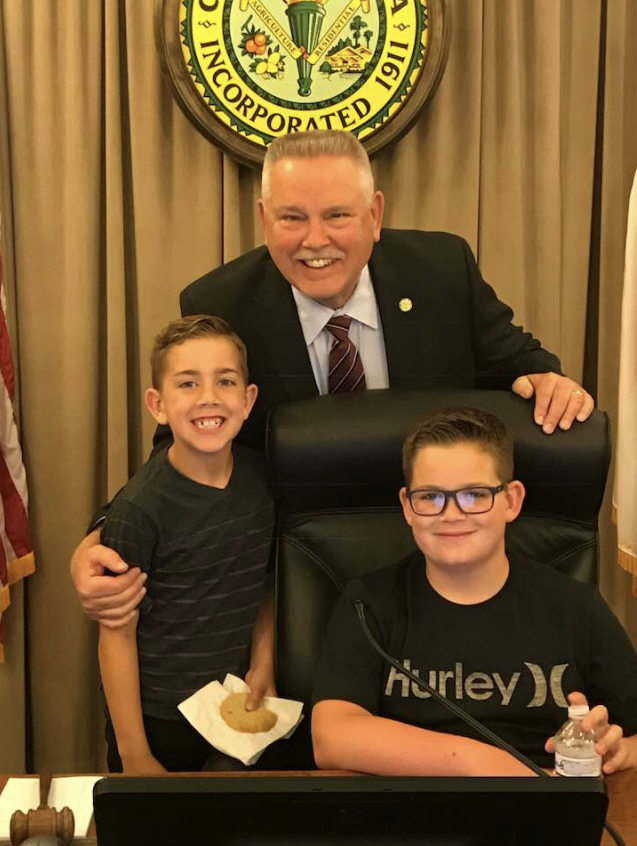 Mayor Thompson with grandsons Andrew and Aaron.