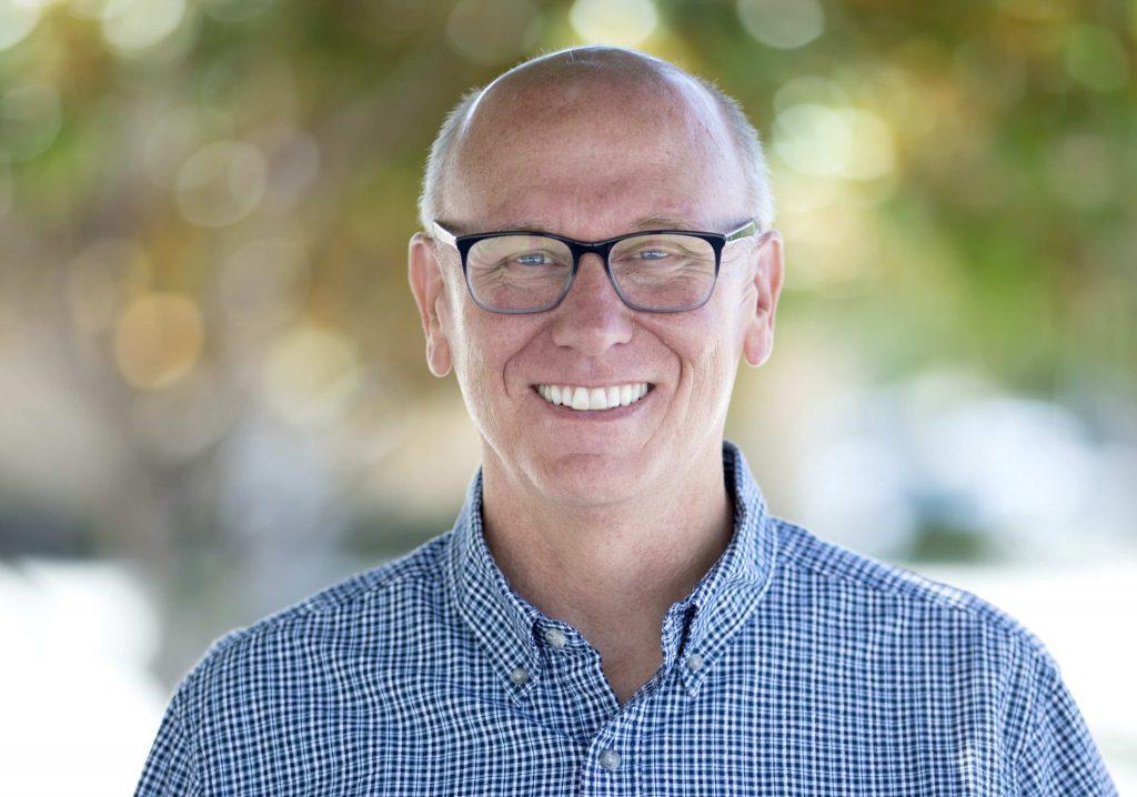 Headshot of Alan Hueth